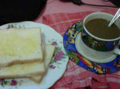 sarapan kopi dan roti